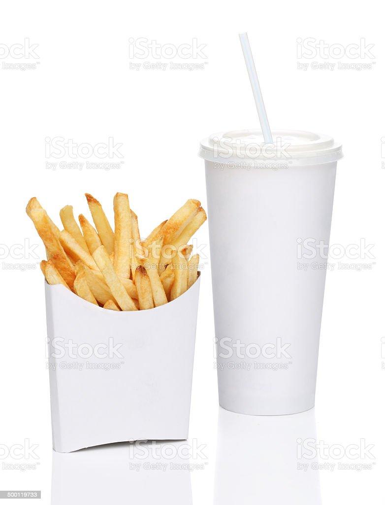 Frites et soda, isolé sur fond blanc - Photo