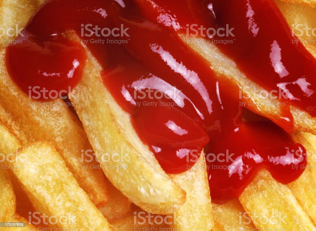 Pommes frites mit ketchup – Foto