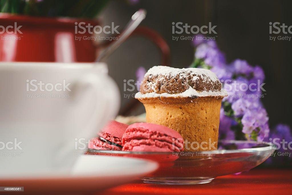 Französisch Makronen und Kuchen für Frühstück – Foto