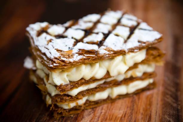 Französisch Gebäck Mille-Feuille süßes Dessert – Foto