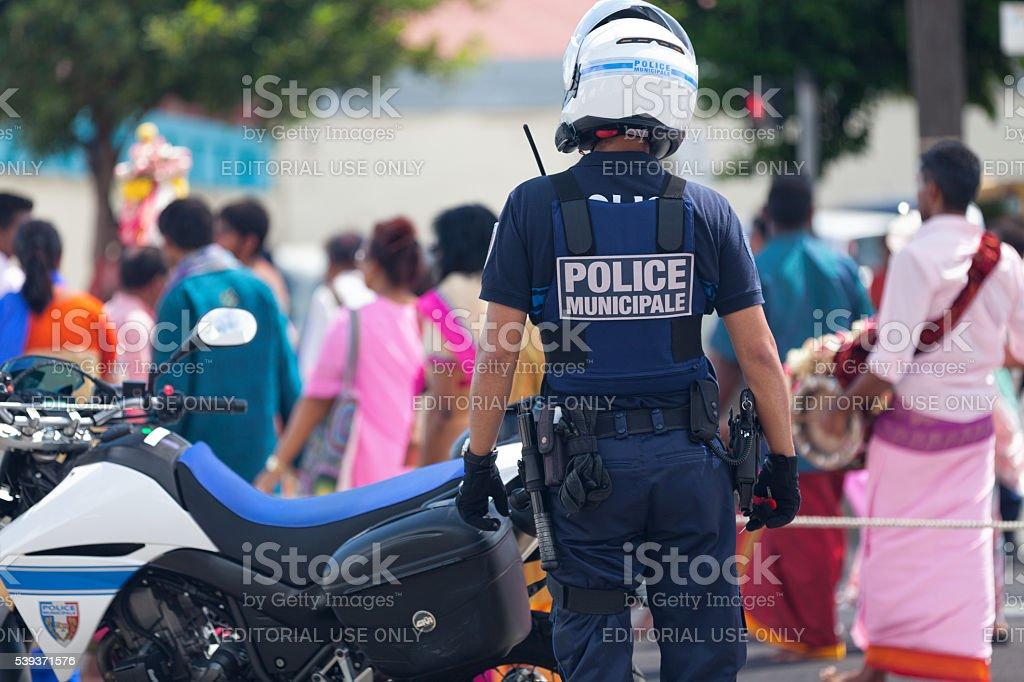 Police française durant la défilé - Photo