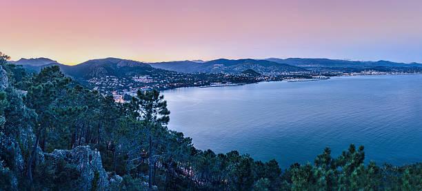 französischen riviera - schönen abend bilder stock-fotos und bilder