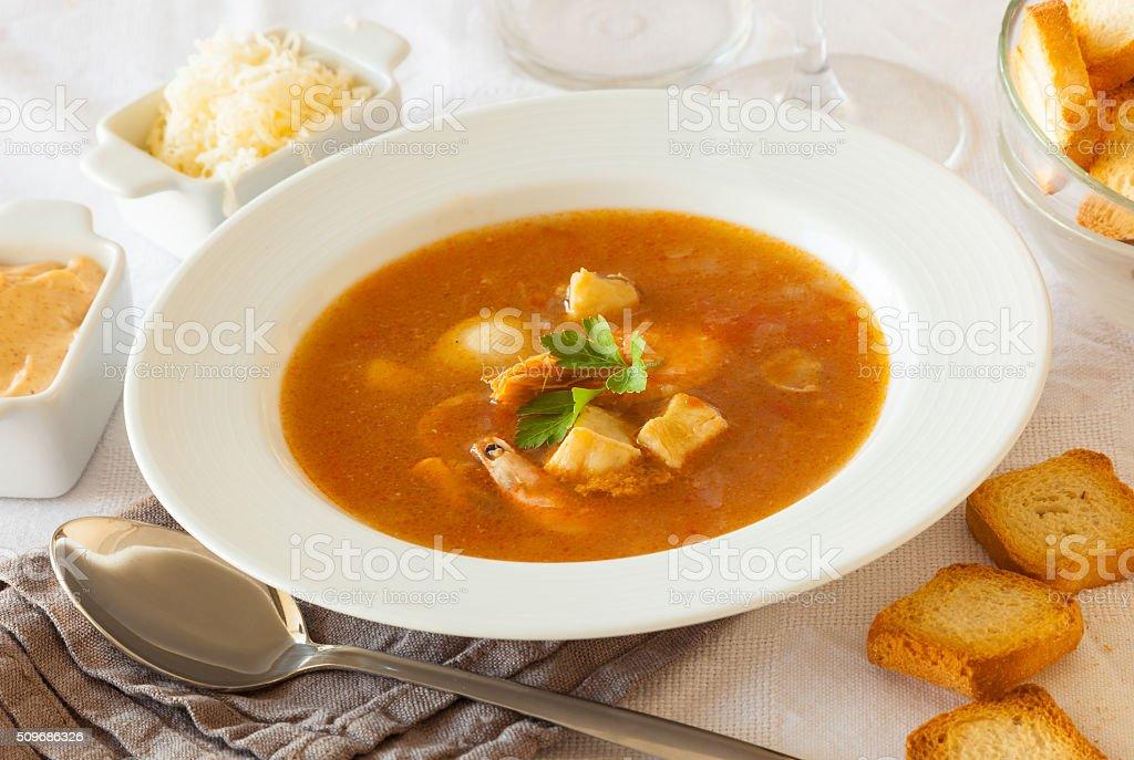Französischer Meeresfrüchte-Suppe – Foto
