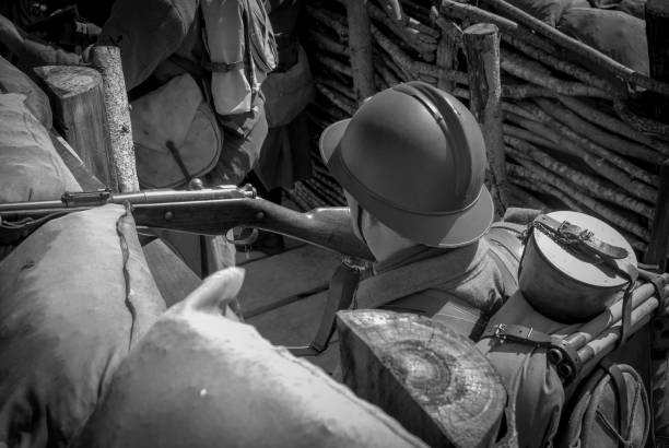 French soldier 1918 in the trench a French soldier 1918 in the trench verdun stock pictures, royalty-free photos & images