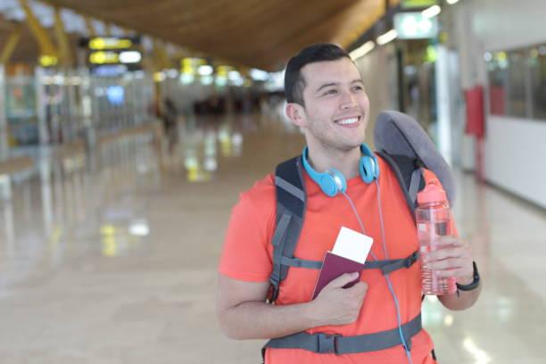 頻繁的旅行者準備起飛 - 大比大 聖經人物 個照片及圖片檔