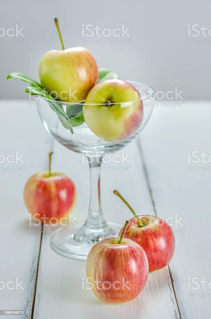 fresh  apple with glass photo libre de droits
