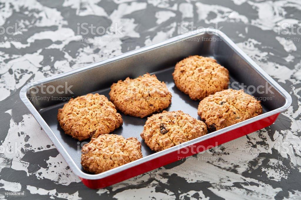 Photo Libre De Droit De Frais Biscuits Cuits Au Four Sur Une