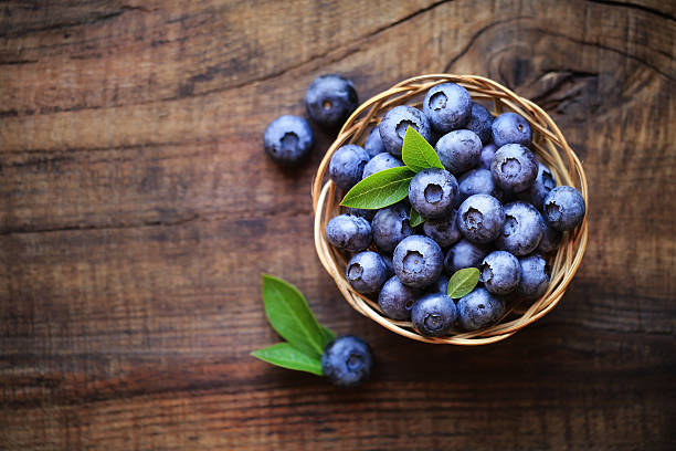fresh blueberries - blueberry stock pictures, royalty-free photos & images