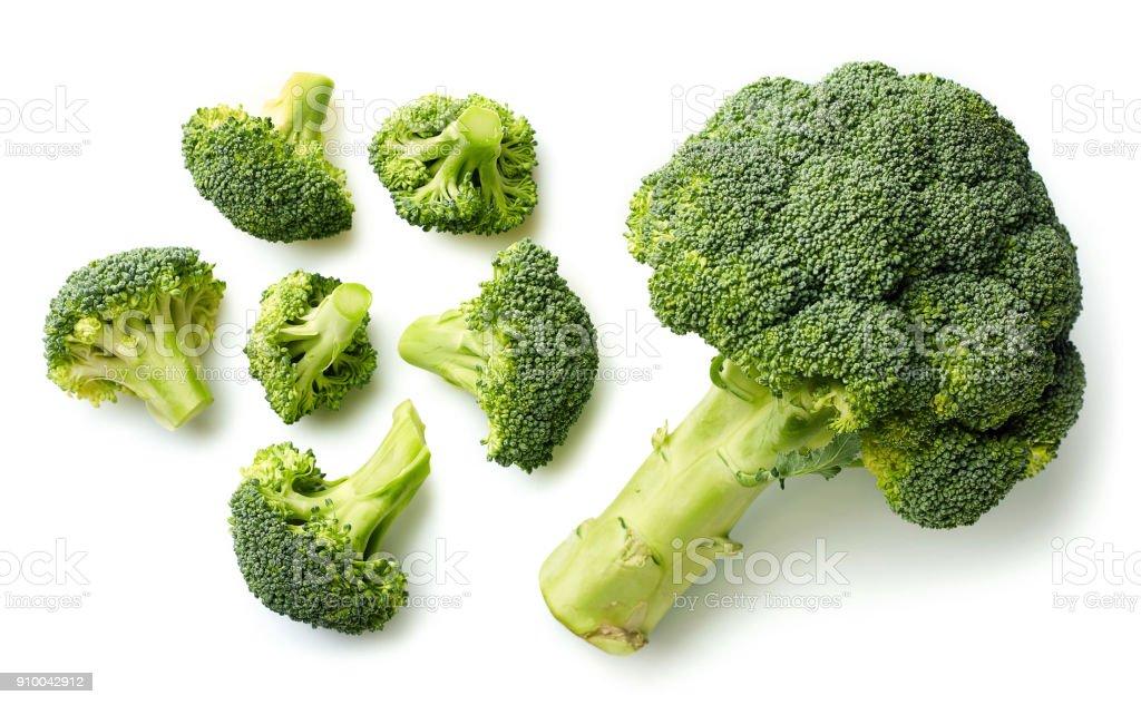 Verse broccoli op witte achtergrond foto