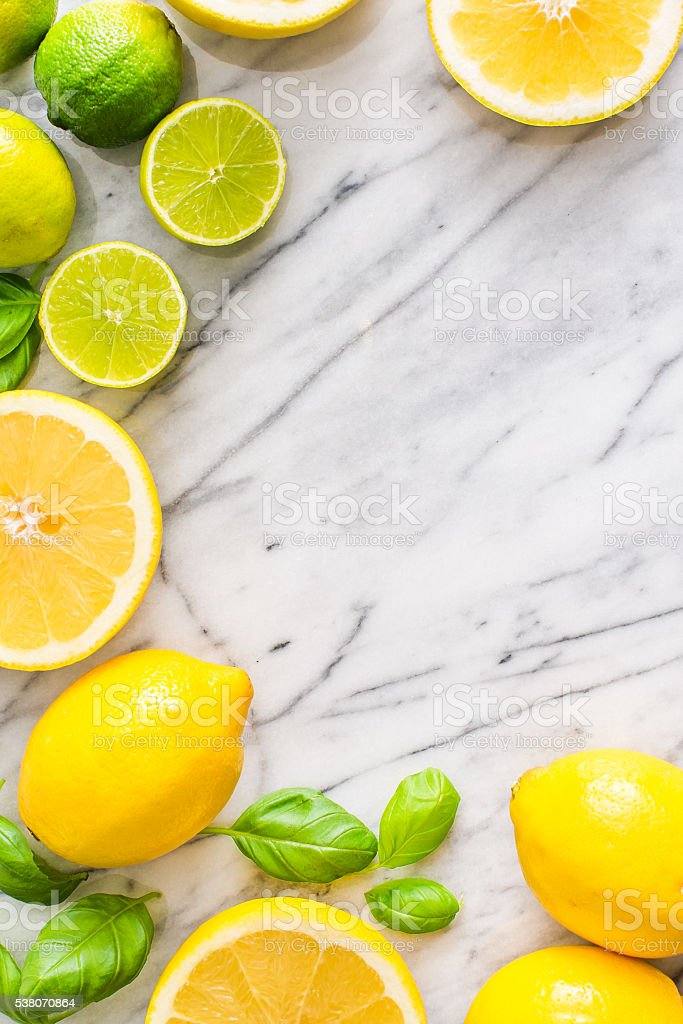 Fresh citrus fruits on marble background. View from above. – Foto