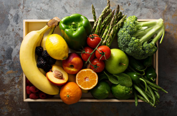 frutas y verduras coloridas - fruta fotografías e imágenes de stock