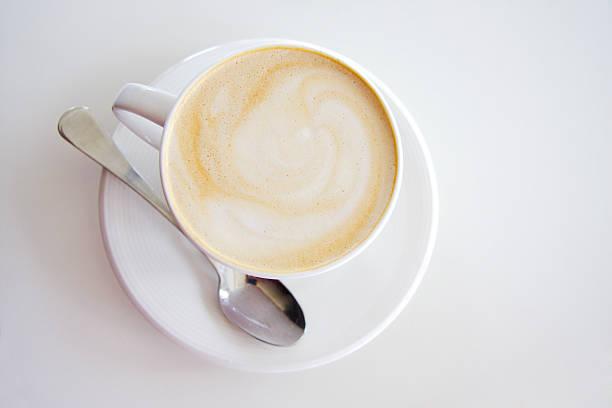 淹れたてのラテコーヒー ストックフォト
