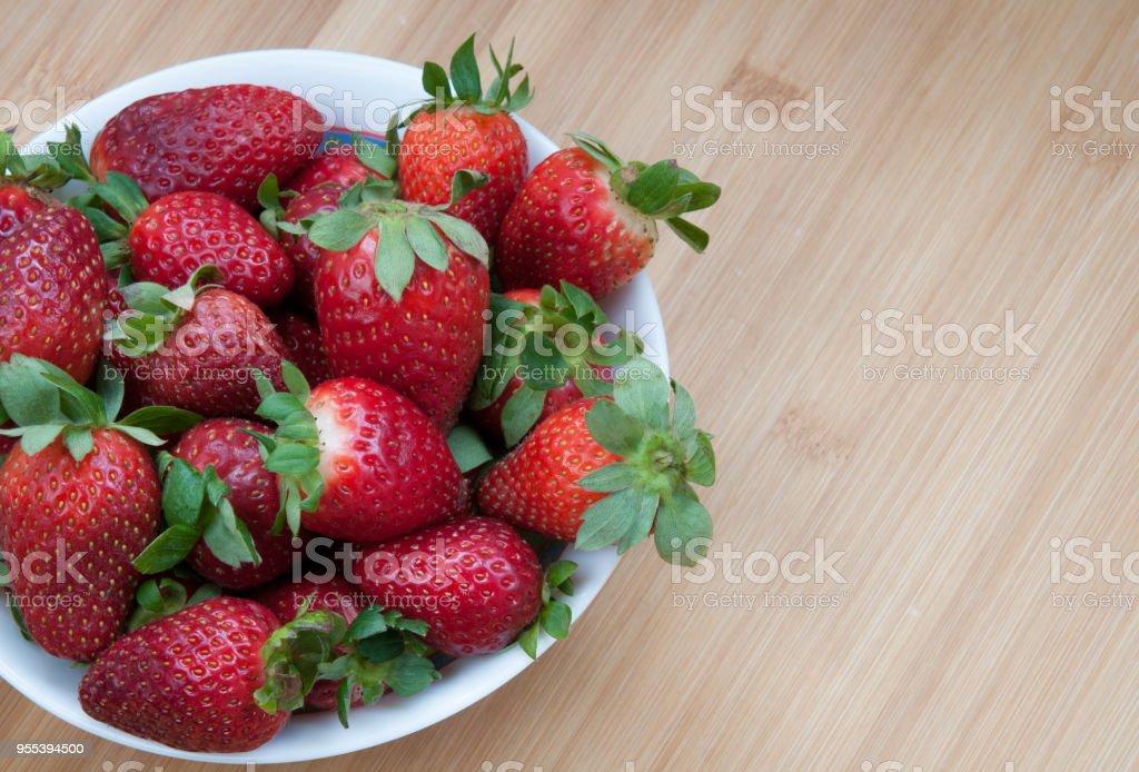 Fresh delicious red Strawberries - Zbiór zdjęć royalty-free (Bez ludzi)
