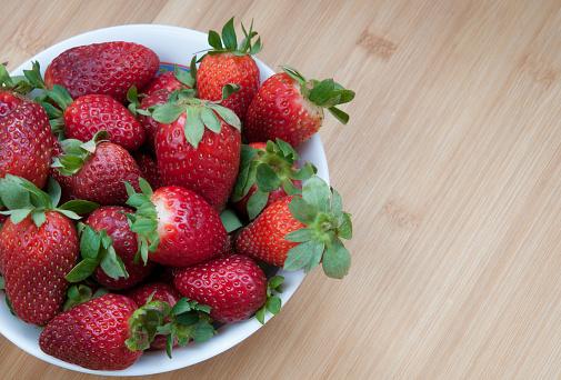 Fresh Delicious Red Strawberries - zdjęcia stockowe i więcej obrazów Bez ludzi