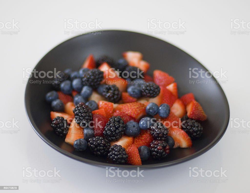 Tazón de frutas frescas foto de stock libre de derechos
