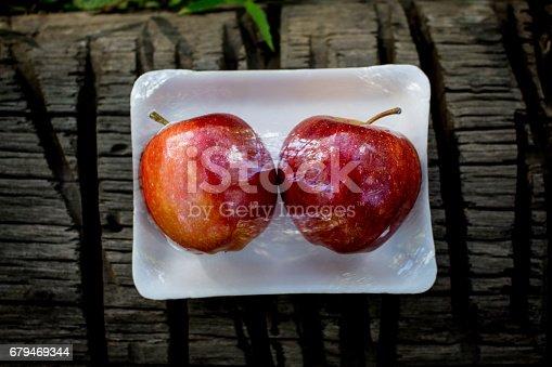 Fresh Fruit In A Pack Apple And Lemon 照片檔及更多 健康食物 照片