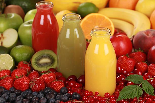 des jus de fruits frais - jus de fruit photos et images de collection