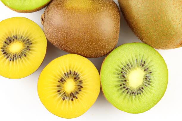 frutas de quivi fresco de verde e amarelo - foto de acervo