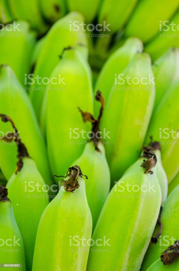 Vert frais à la banane Plantain tas Plein cadre - Photo de Aliment cru libre de droits