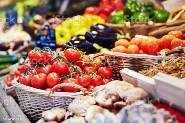 Fresh healthy bio fruits and vegetables on market picture id640026484?b=1&k=6&m=640026484&s=612x612&h=jcmoppp2zdg0an h3hzokczmf9sdsfb0zln02m02nl8=