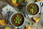 新鮮な自家製黒豆スープ
