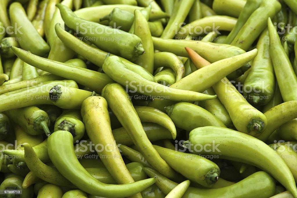 Poivrons verts frais chaud photo libre de droits