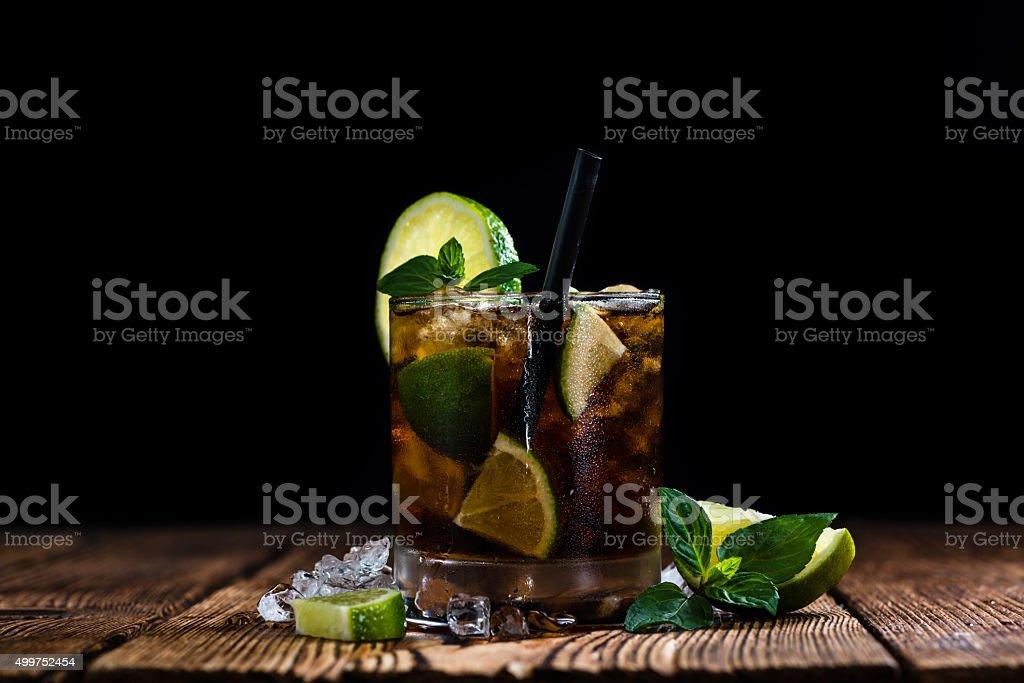 Frisch Zubereiteten Kuba Libre Stock-Fotografie und mehr Bilder von ...