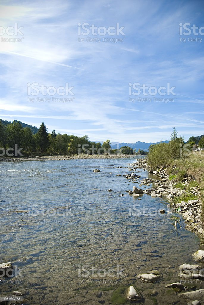 신선한 산 연두빛 강 royalty-free 스톡 사진