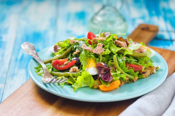 Frischer Nicois-Salad – Foto