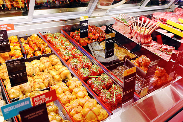 fresh raw meats and ready-to-cook meals in supermarket - mattillstånd bildbanksfoton och bilder