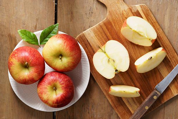 新鮮な赤いリンゴ  ストックフォト