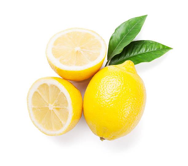 新鮮な完熟レモンズ - レモン ストックフォトと画像