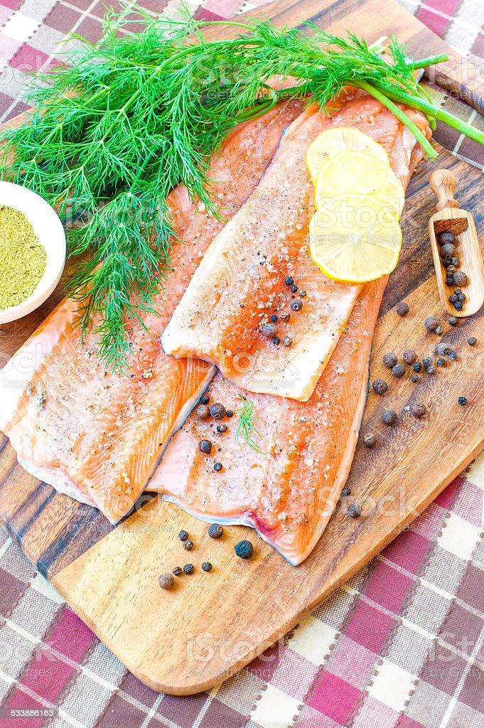 Cocinar Salmon Fresco   Salmon Fresco Y Trucha En Marinade Listo Para Comer Listos Para