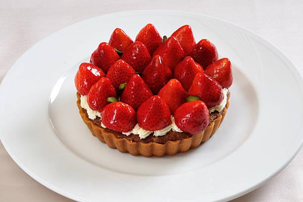 fresh strawberry cake - coffe with death bildbanksfoton och bilder