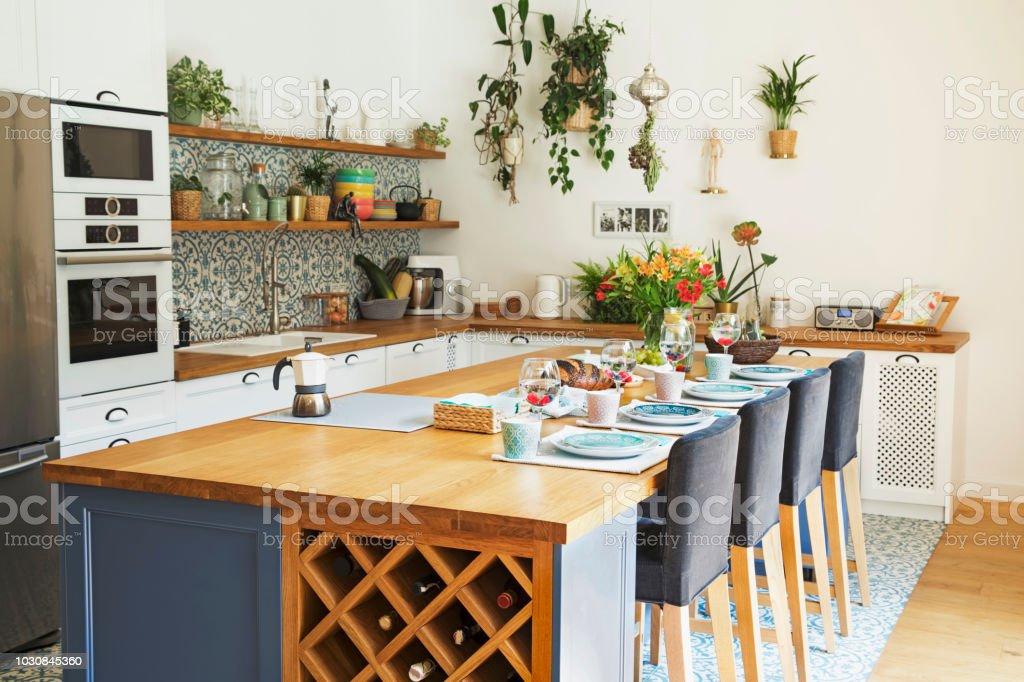 Frischen Sommerlichen Frühstück Im Mediterranen Stil Eingerichtete