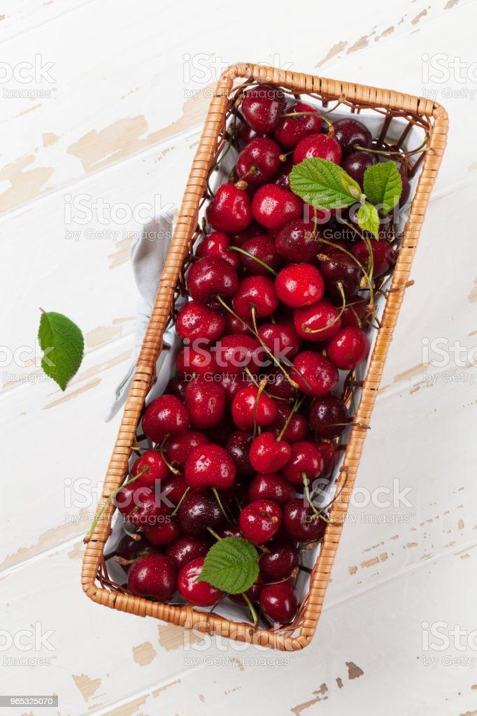 Fresh summer cherry zbiór zdjęć royalty-free