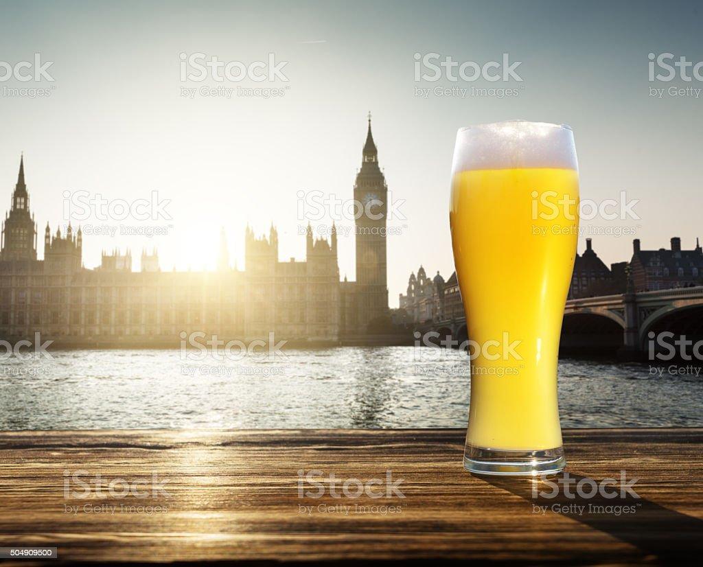 Originali birra fresca e Westminster, Londra, Regno Unito - foto stock