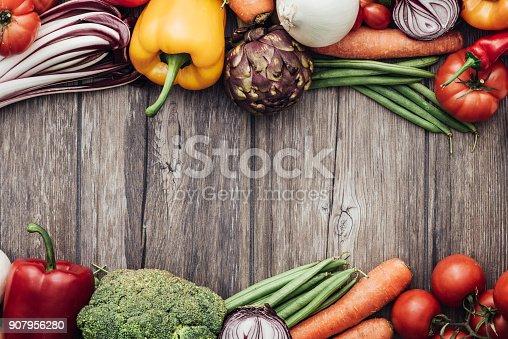 istock Fresh vegetables frame 907956280