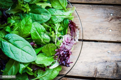 Freshh green salad with spinach,aragula,romane and lettuce