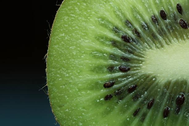 Frisch geschnittenen Kiwis – Foto