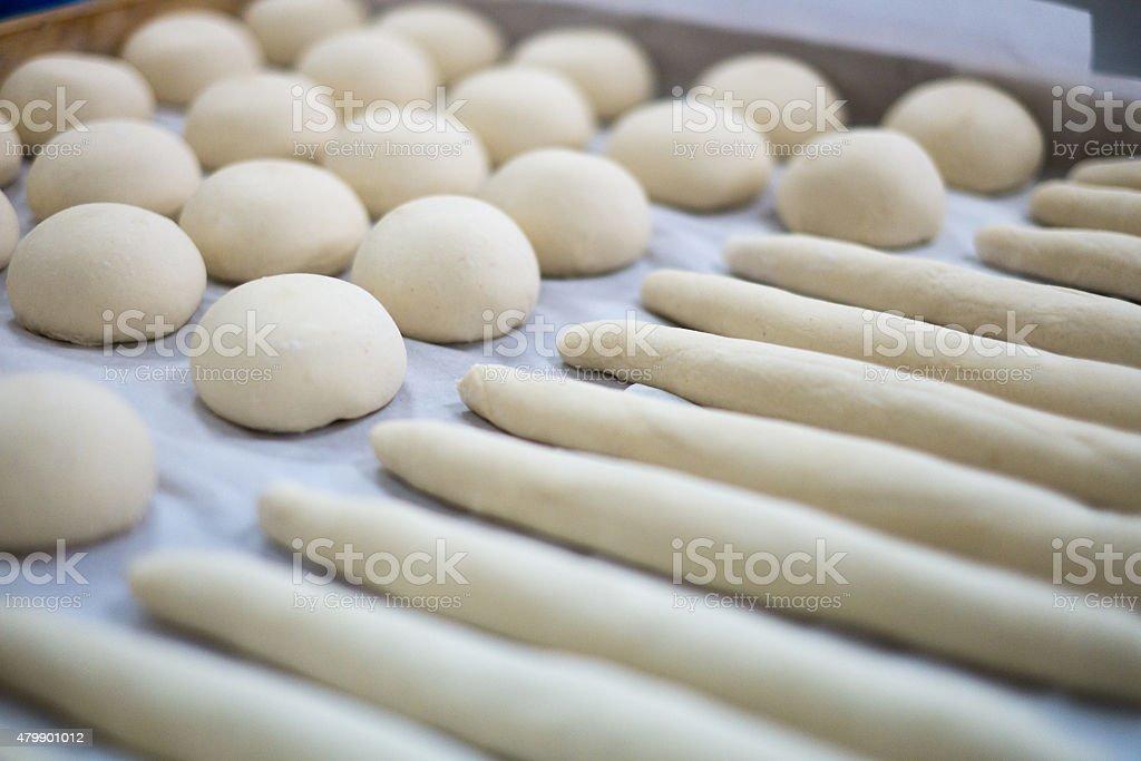 Frisch zubereitete Teig für Rolls und Frenchies – Foto
