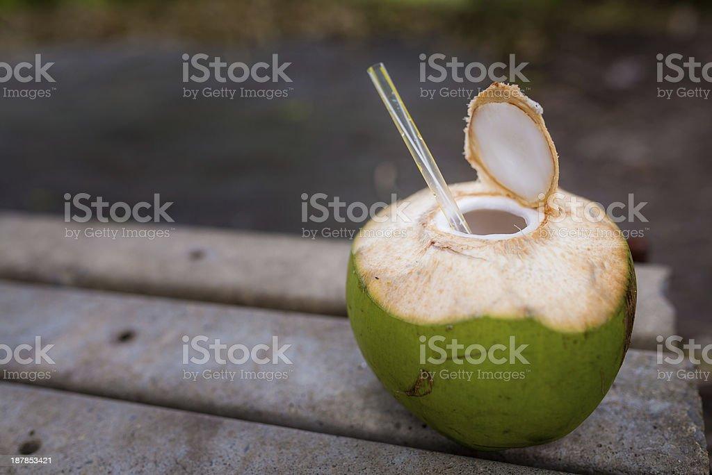 Coco com palha - foto de acervo