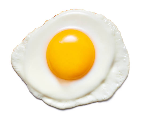 fried egg isolated single fried chicken egg isolated on white background animal egg stock pictures, royalty-free photos & images