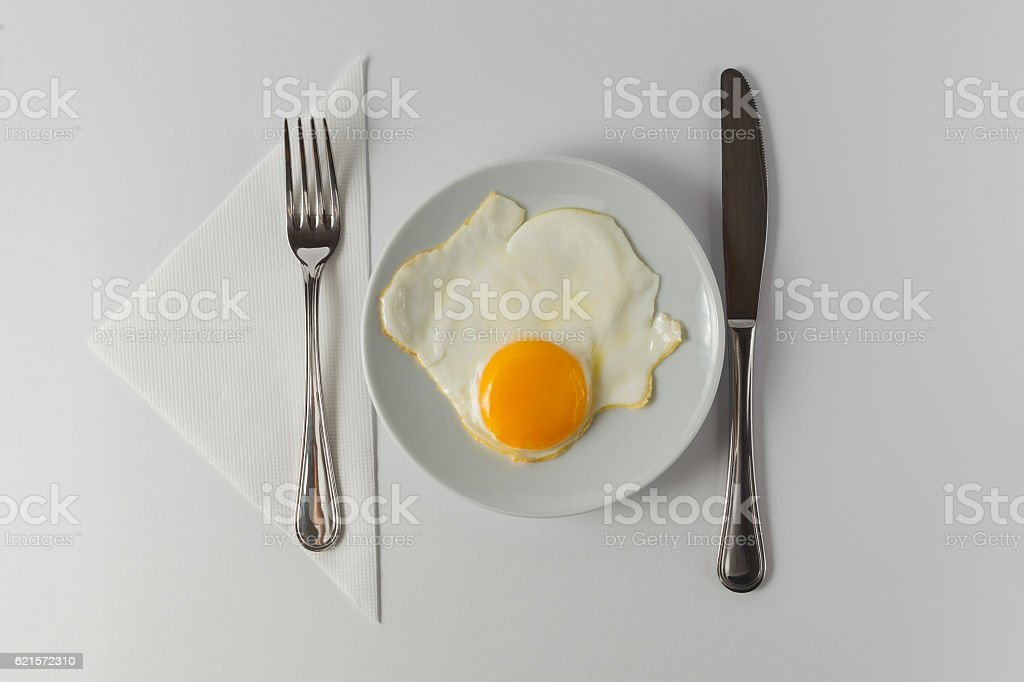 Fried eggs for healthy breakfast photo libre de droits