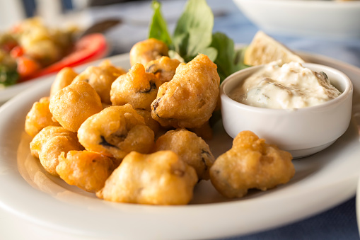 istock Fried mussels 512472494