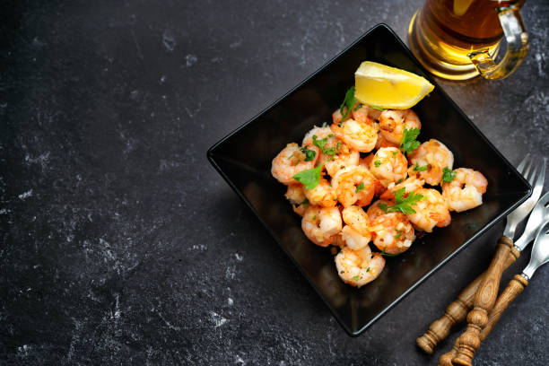 Fried prawns in a black square plate picture id1175892877?b=1&k=6&m=1175892877&s=612x612&w=0&h=s18puis47zrxw bpwfaoqkljipjf9r4lm5oasith he=