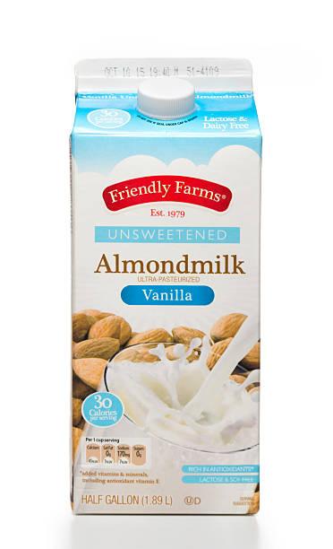Des fermes unsweetened vanille almondmilk demi-litre carton - Photo