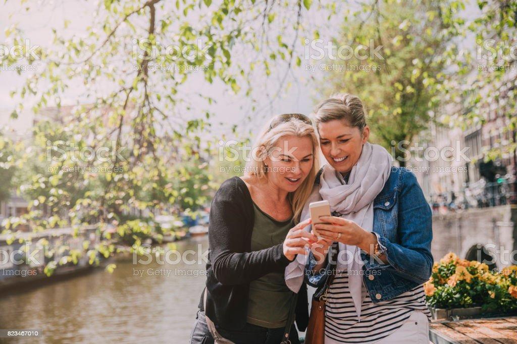 Amis de la rivière à Amsterdam - Photo