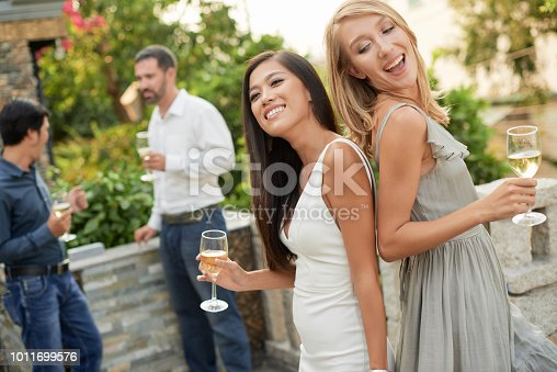 istock Friends enjoying amazing party 1011699576