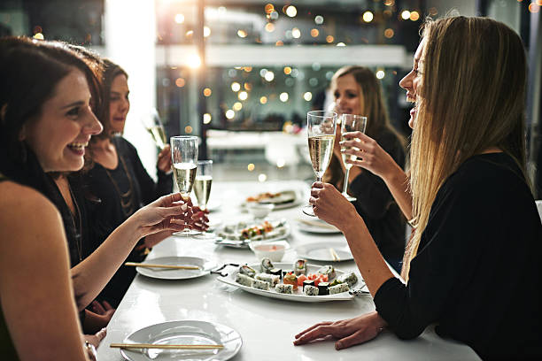 friends, food and fun - 懇親会 ストックフォトと画像